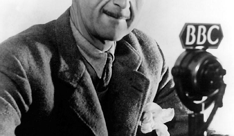1EN-625-B1945                                                                                    Orwell, George (eigentl. Eric Arthur     Blair),                                        engl. Schriftsteller,                    Motihari (Indien) 25.1.1903 - London           21.1.1950.                               Foto, um 1945.